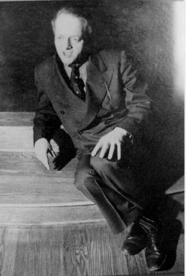 J.L. Moreno nel Teatro di Psicodramma di Beacon (N.Y.)